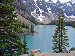 Lake Moraine & The Valley of Ten Peaks - Banff NP