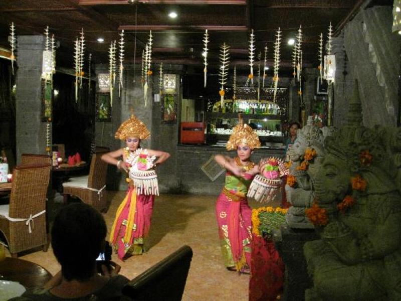 Balinese dance, last supper