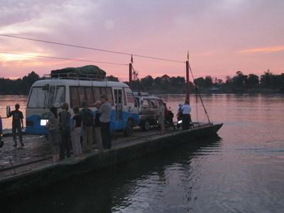 djoser laos cambodja