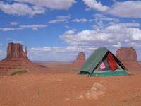 tent monument valley usa