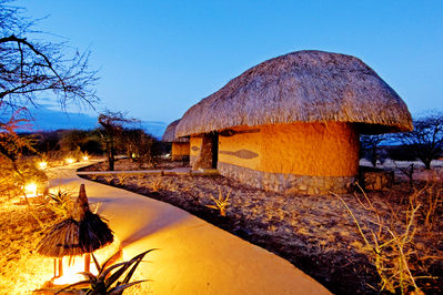 Kenia en tanzania accommodatie lodge overnachting Djoser