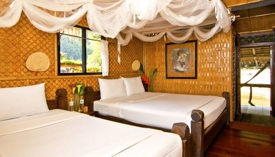 Jungle Rafts kamer River Kwai Thailand