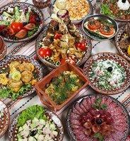 Bulgaars eten op tafel