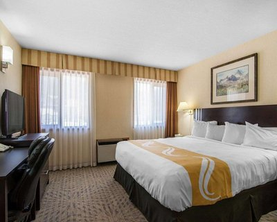 Quality Inn Chateau - Canmore