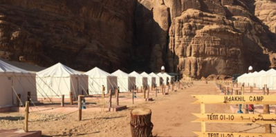 Madakil camp nabij Al Ula is spectaculair gelegen.