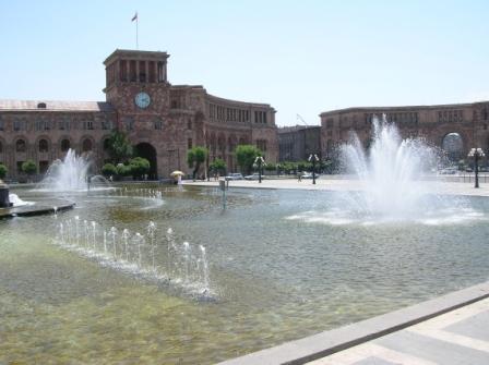 Eriwan, Armenien, Djoser Reisen