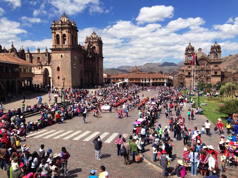 Cusco plaza de armas Peru Djoser