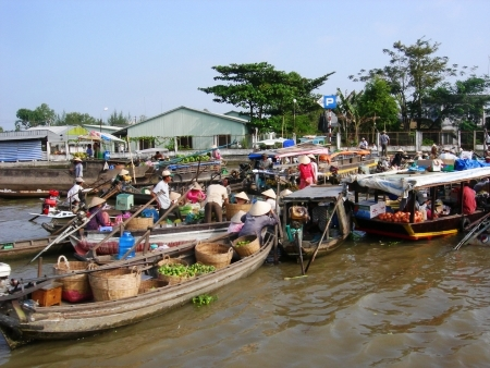 schwimmender Markt, Vietnam Fahrradreise